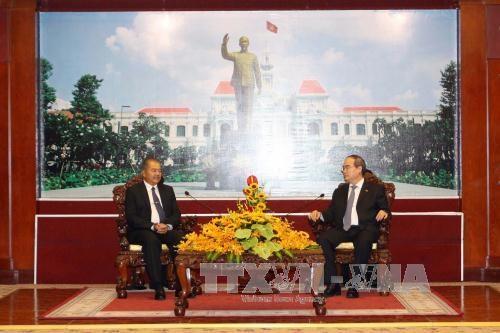 Ho Chi Minh-Ville prete a renforcer ses liens avec les localites laotiennes hinh anh 1