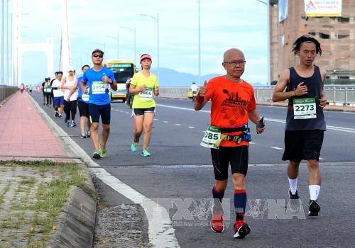 Plus de 5.000 coureurs au 5e marathon international de Da Nang hinh anh 1