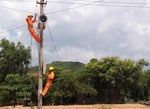 Tay Nguyen : 100% des communes reliees au reseau electrique national hinh anh 1