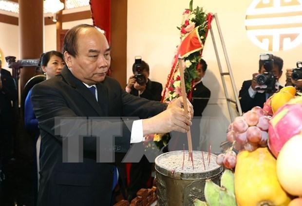 Activites du PM Nguyen Xuan Phuc en Thailande hinh anh 1