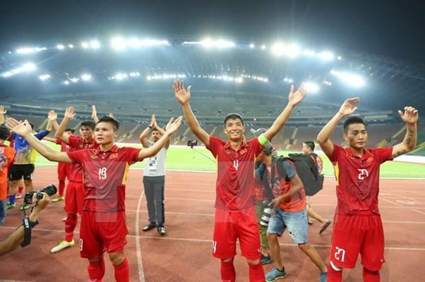 SEA Games 29 : le football vietnamien poursuit sa balade de sante hinh anh 1