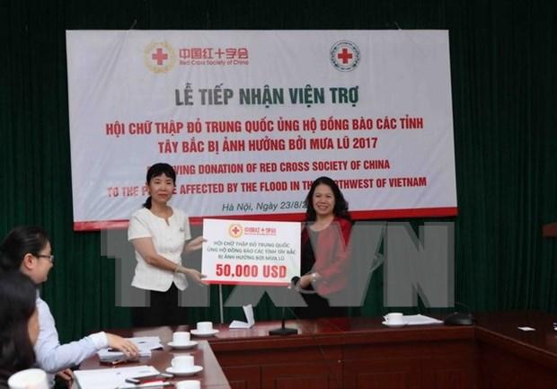 La Croix-Rouge chinoise soutient les victimes des inondations au Vietnam hinh anh 1