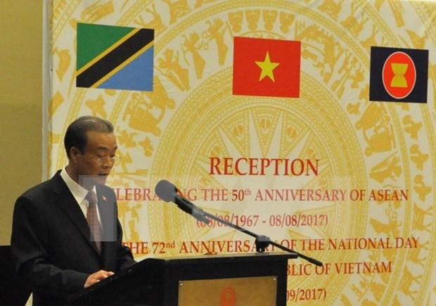La 72e Fete nationale du Vietnam celebree en Tanzanie et en Malaisie hinh anh 1