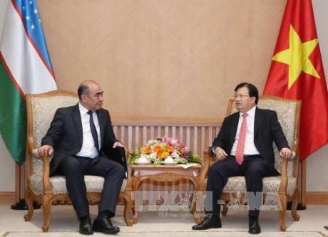 Echange d'amitie Vietnam – Ouzbekistan a Hanoi hinh anh 1
