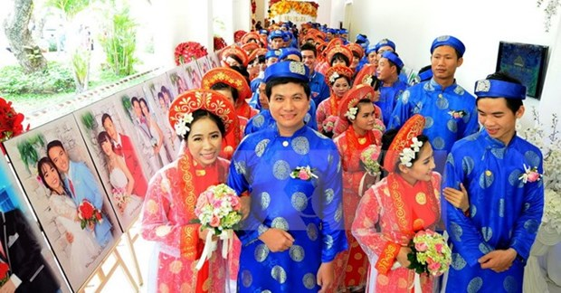 Ho Chi Minh-Ville : un mariage collectif le jour de la Fete nationale hinh anh 1