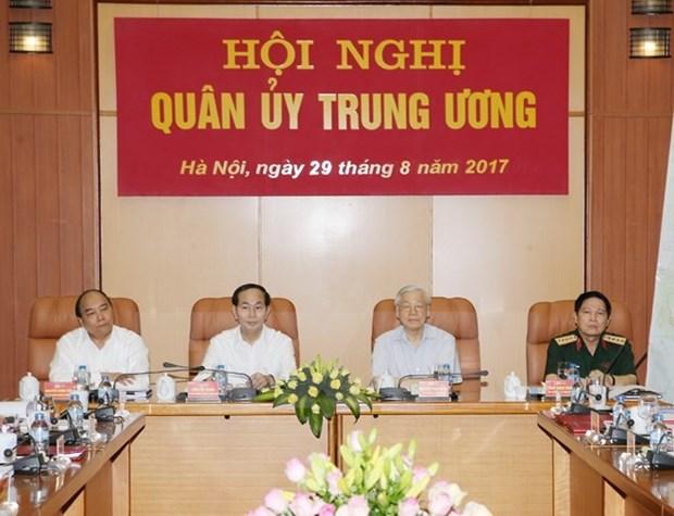 Le leader du Parti preside la conference de la Commission militaire centrale hinh anh 1