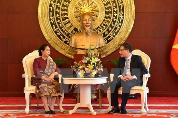 Le Laos felicite le Vietnam pour le 72eme anniversaire de la Fete nationale hinh anh 1