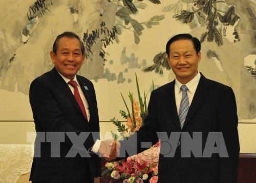 Le Vietnam cherche une cooperation plus forte avec la province chinoise du Guangxi hinh anh 1