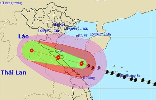 Le typhon Doksuri va frapper le Centre dans quelques heures hinh anh 1