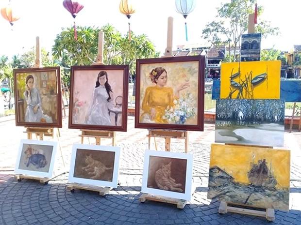 La beaute de Hoi An sous le pinceau d'artistes vietnamiens et etrangers hinh anh 1