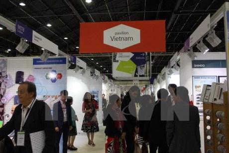Le Vietnam a la Foire internationale du textile et de l'habillement en France hinh anh 1