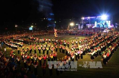 Ouverture de la Semaine de la culture et du tourisme de Muong Lo 2017 hinh anh 1