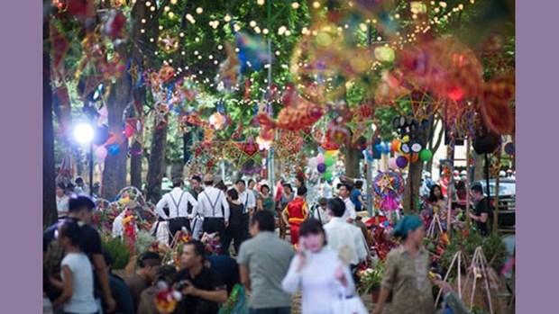 500 artistes participeront a «Thu vong nguyet» au Temple de la Litterature hinh anh 1