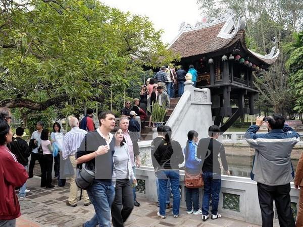 Plus de 9,4 millions de touristes etrangers viennent au Vietnam en neuf mois hinh anh 1