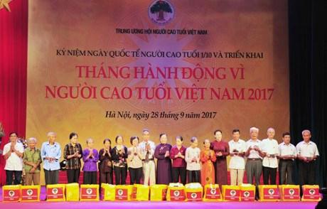 Celebration du 27e anniversaire de la Journee internationale des personnes agees hinh anh 2