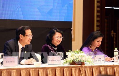 Dialogue public-prive sur les femmes et l'economie hinh anh 1