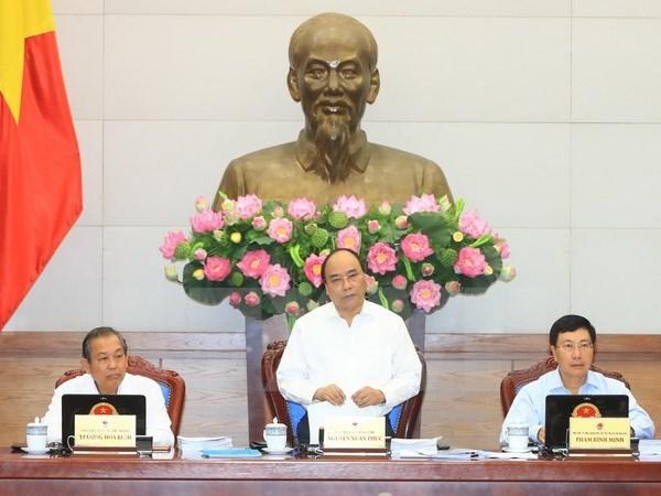 Le PM demande de redoubler d'efforts pour assurer les objectifs de 2017 hinh anh 1