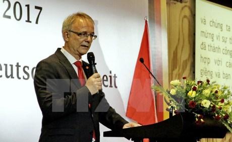 Celebration de la Journee de la Reunification de l'Allemagne a HCM-Ville hinh anh 1