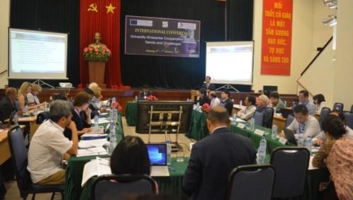 Da Nang: conference sur la cooperation entre les universites et les entreprises hinh anh 1