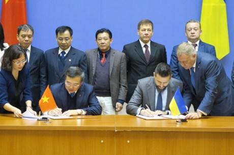 La 14e reunion du Comite intergouvernemental Vietnam-Ukraine hinh anh 1