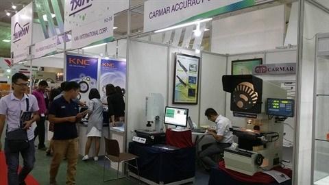 Des machines modernes et des technologies de pointe exposees a MTA Hanoi 2017 hinh anh 1