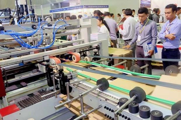 La balance commerciale du Vietnam excedentaire de 1,1 milliard de dollars depuis janvier hinh anh 1