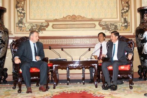 HCM-Ville et la Bielorussie cherchent la cooperation dans les transports publics hinh anh 1