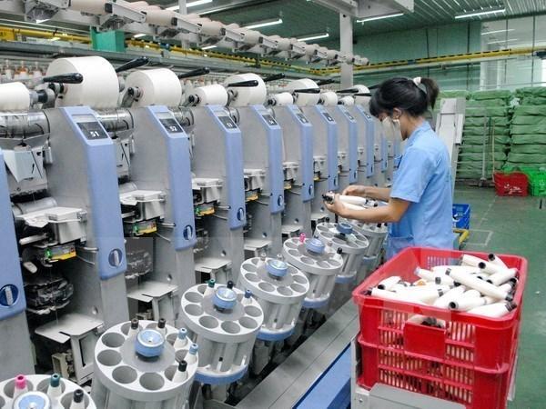 Les jeunes scientifiques cherchent des moyens de stimuler la competitivite des entreprises hinh anh 1