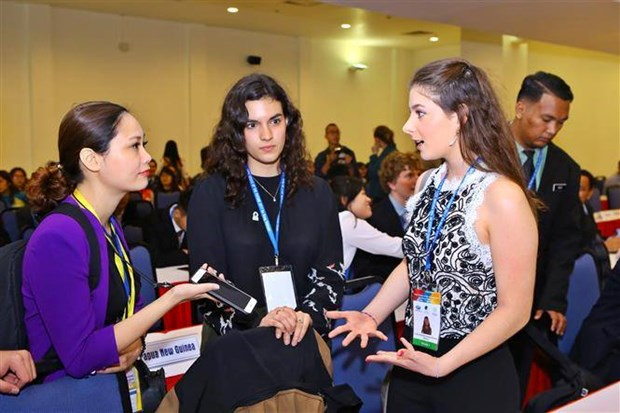 Les jeunes de l'Asie-Pacifique discutent de leurs apports a la Vision de l'APEC hinh anh 1