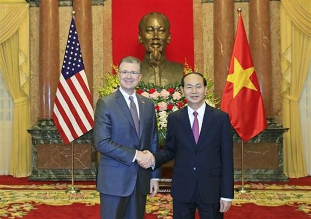 Le president Tran Dai Quang recoit les nouveaux ambassadeurs nigerian, grec et americain hinh anh 1