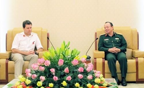 Vietnam – Royaume-Uni : renforcement de la cooperation dans la defense hinh anh 1