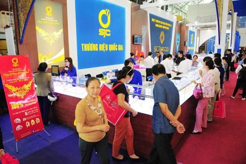 Ouverture de la foire internationale de la joaillerie du Vietnam 2017 hinh anh 1