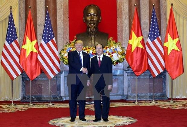 Entretien entre les presidents Tran Dai Quang et Donald Trump hinh anh 1