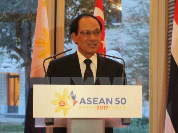 Secretaire general de l'ASEAN: vers un Code de conduite en mer Orientale juridiquement contraignant hinh anh 1