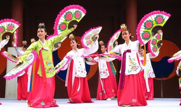 Journee de la culture d'Andong a Hoi An hinh anh 1