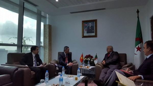Vietnam et Algerie promeuvent la cooperation commerciale hinh anh 1