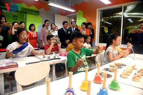 Inauguration de la bibliotheque interculturelle pour enfants au Vietnam hinh anh 1