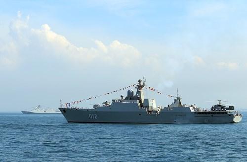 Le Vietnam participe a la Revue internationale de la flotte en Thailande hinh anh 1