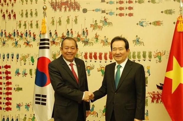 Le vice-PM Truong Hoa Binh rencontre le president de l'AN sud-coreenne hinh anh 1