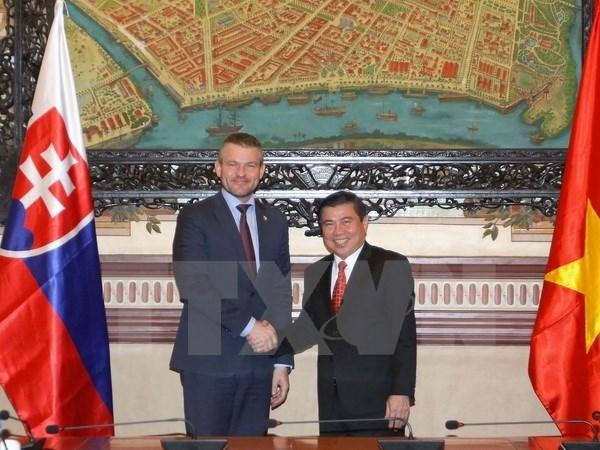Vietnam - Slovaquie : Renforcement de la cooperation dans le commerce hinh anh 1