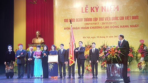 La Bibliotheque nationale du Vietnam souffle ses 100 bougies hinh anh 1