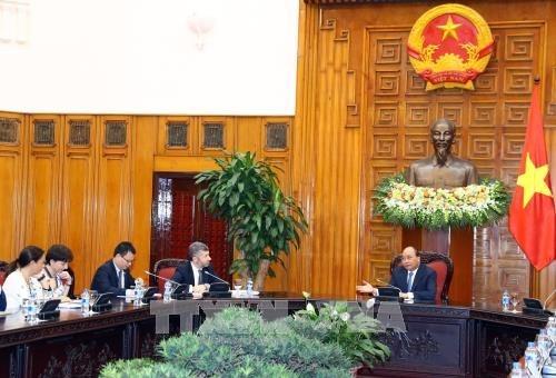 Le PM Nguyen Xuan Phuc recoit le vice-ministre italien du Developpement economique hinh anh 1