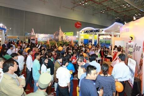 Ouverture de la foire internationale du tourisme Vietnam-Chine 2017 hinh anh 1