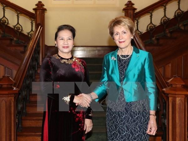 La presidente de l'AN Nguyen Thi Kim Ngan recoit le gouverneur de l'Australie-Occidentale hinh anh 1