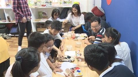 Une premiere bibliotheque pour les enfants autistes hinh anh 1