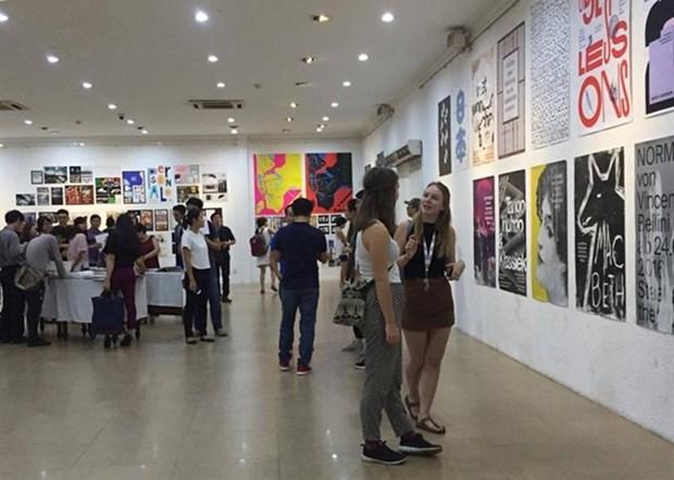 Ho Chi Minh-Ville: exposition d'arts graphiques de 50 pays hinh anh 1