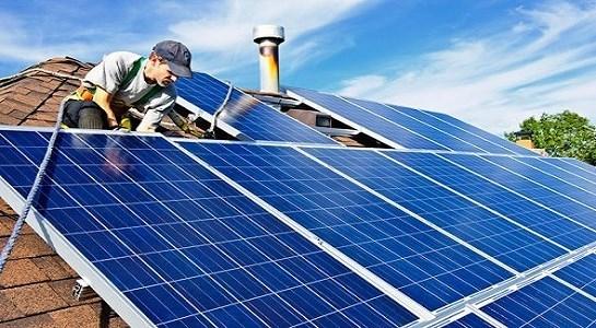 Binh Dinh : mise en œuvre du projet eolien et photovoltaique hinh anh 1