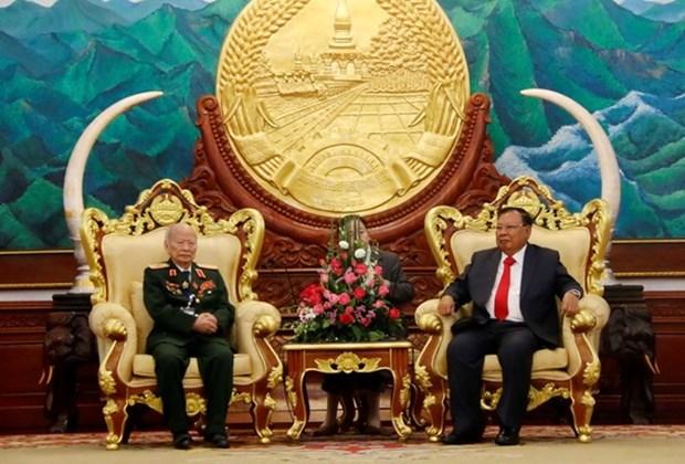 Le Laos souligne les contributions des volontaires vietnamiens hinh anh 1