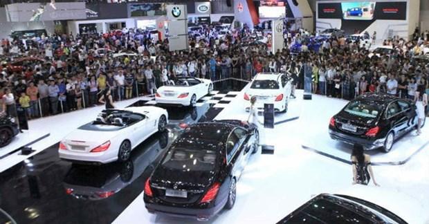 Mi-decembre: hausse imprevue des importations nationales d'automobiles hinh anh 1