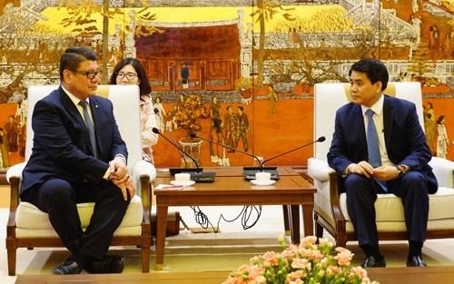 Les Seychelles aident Hanoi a construire une usine de traitement des dechets de gazeification hinh anh 1